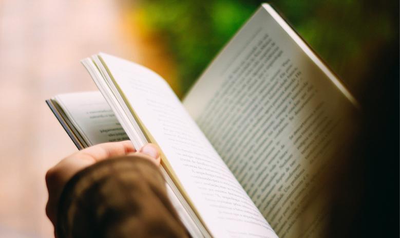【読書が苦手な人へ】本嫌いを克服して楽しく読めるようになる方法