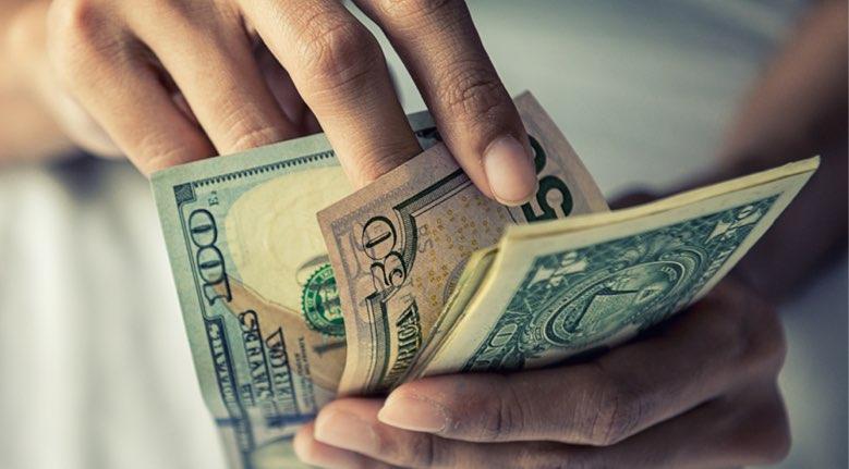 【転売ビジネス】電脳せどりで稼げる月収が分かる記事【上限100万】