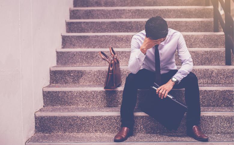 サラリーマンへの失望と副業への興味