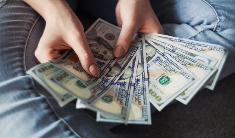 【体験談】給料が安いのが不満なら副業を始めるべき【絶望から脱出】