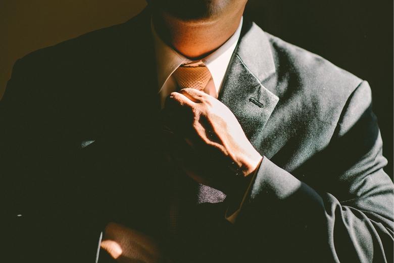 【世間体はスルー】正社員を辞めたいなら辞めるべき【副収入を得る】