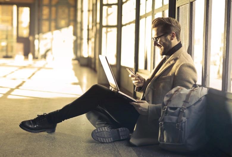 フリマアプリを副業にして稼ぐ4つの方法【稼げる金額の目安あり】